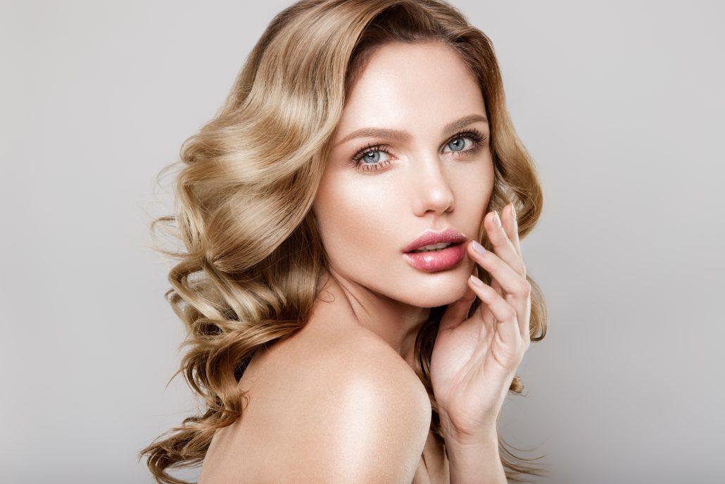 tratamiento de labios con ácido hialurónico